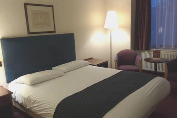 Plough & Harrow Hotel