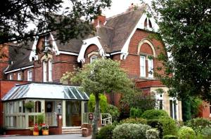 Hallmark Hotel Stourport Manor Image